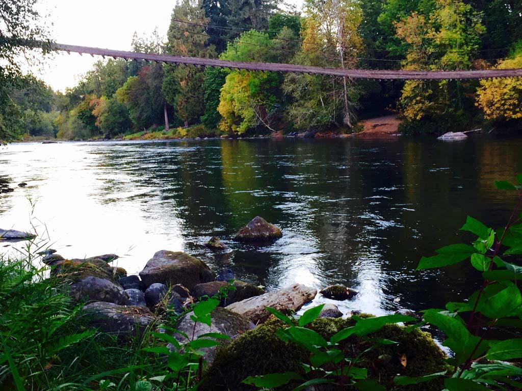 Mckenzie-river-images-03